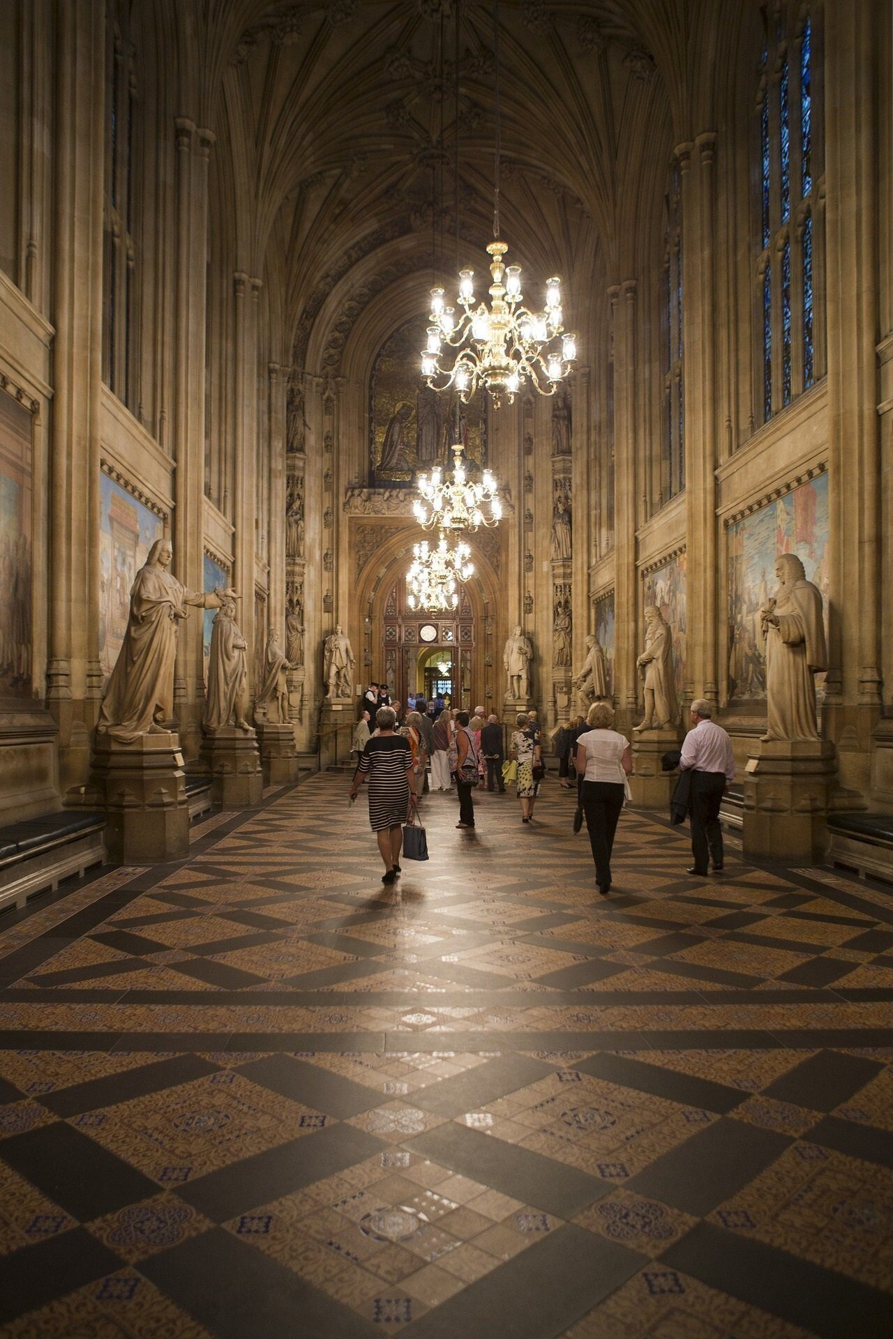palace-of-westminster-1659289_1920